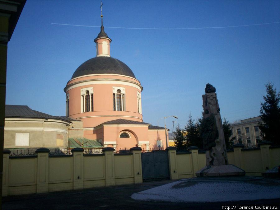 Храм иконы Иверской Божье