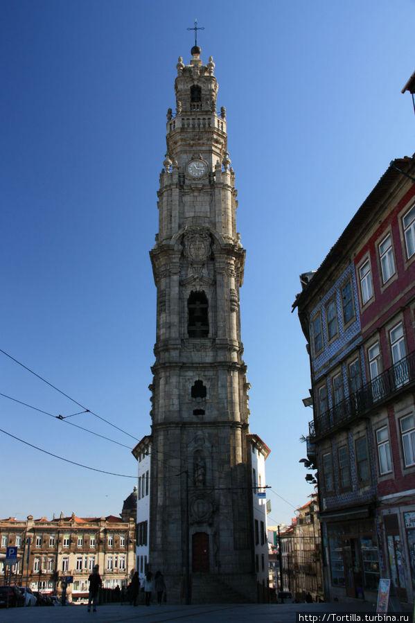 Лиссабон Башня Клеригуш [Torre dos Clerigos]