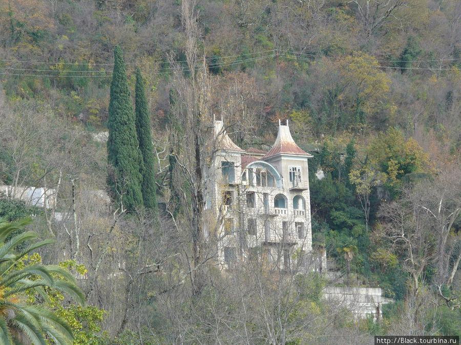 Дореволюционные особняки Старой Гагры