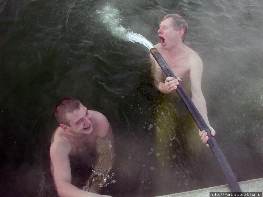 Берегово: кто на лыжи, а мы —  купаться Берегово, Украина