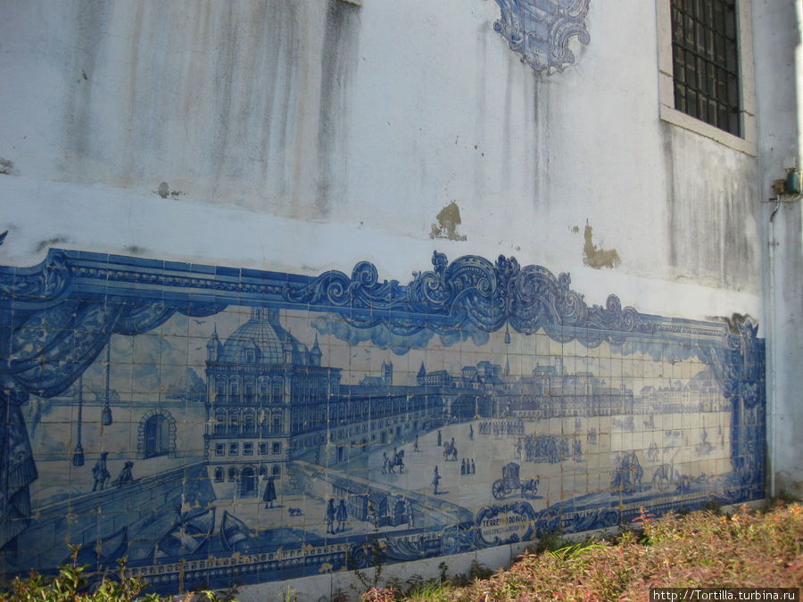 Лиссабон. Панно (азулежуш) на церкви Санта Лусия