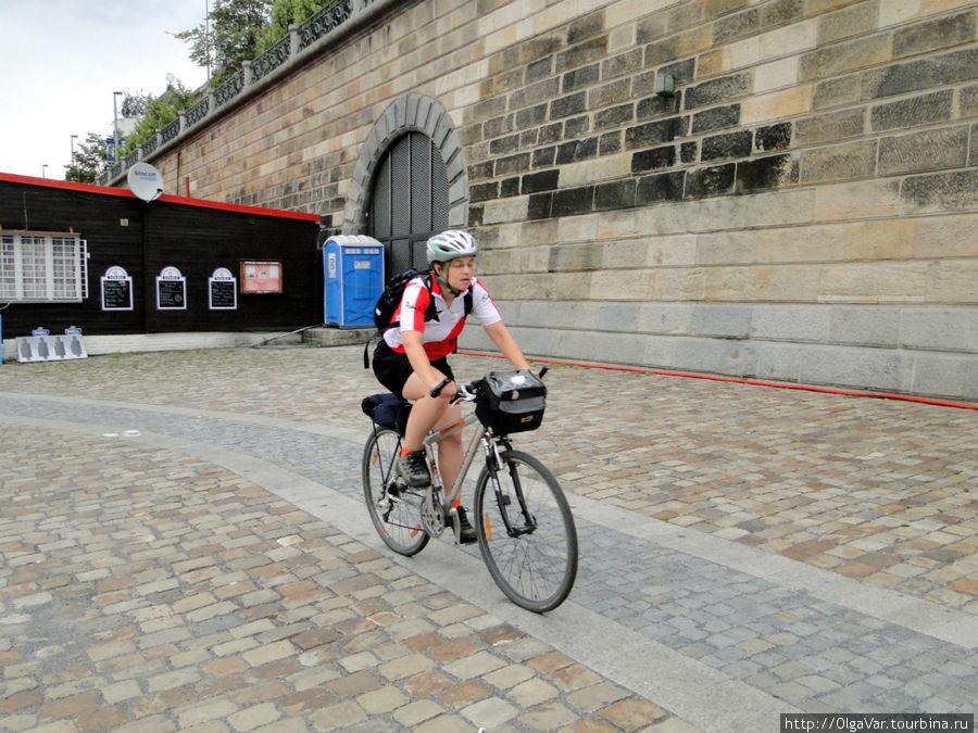 Велосипедисты в основном тренировались вдоль набережной