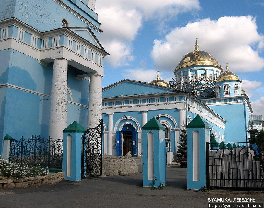 Ново-Казанский собор.