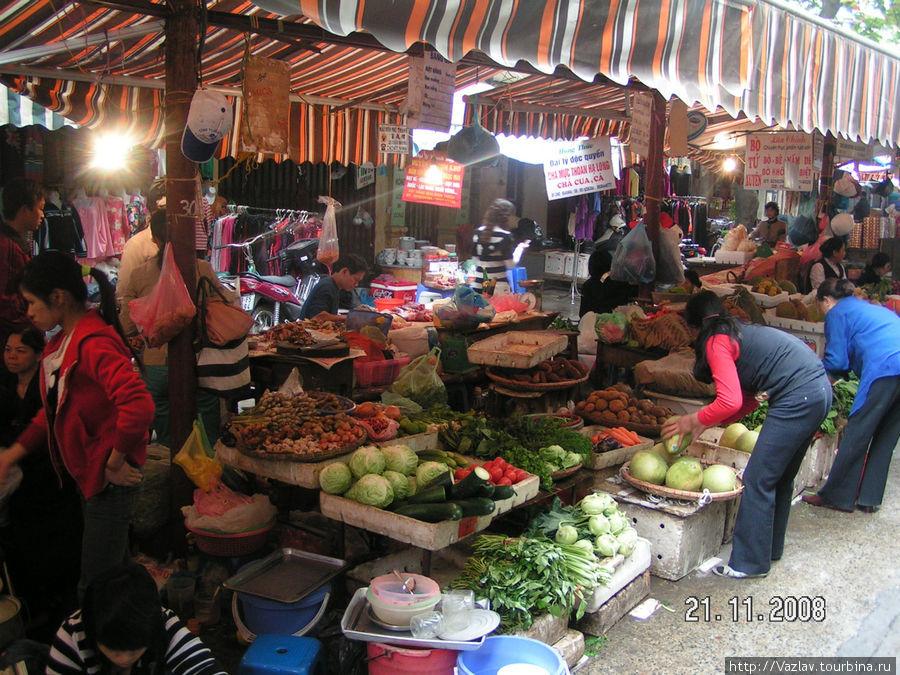 На одной из улиц рынка