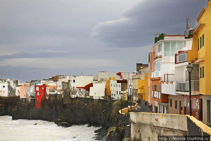 Пунта Брава вне сезона Пуэрто-де-ла-Крус, остров Тенерифе, Испания