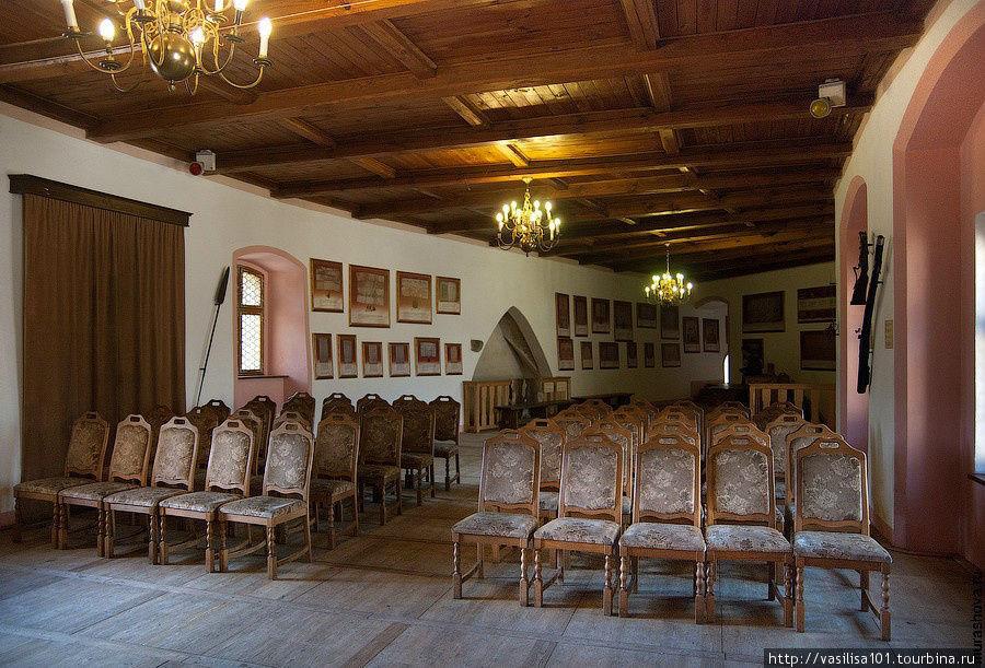 Один из залов замка