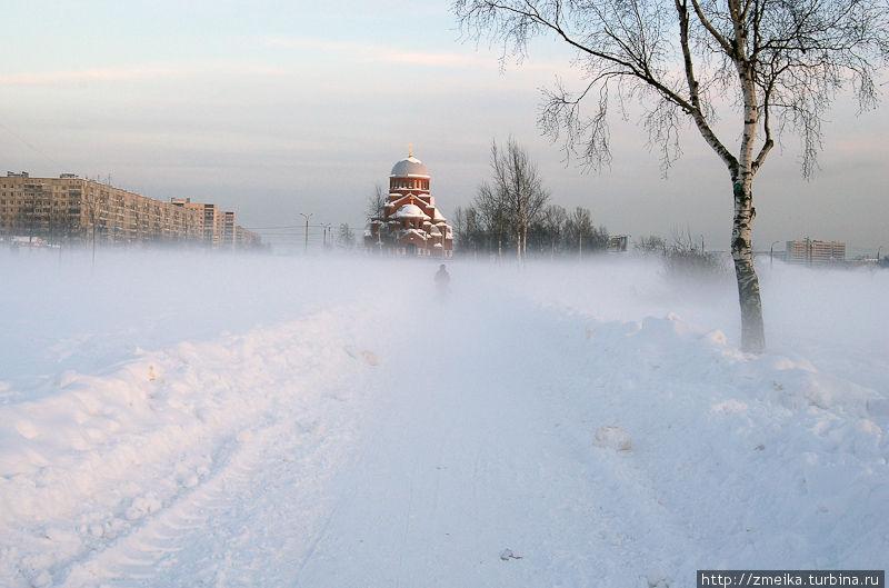 Вид в тумане в сторону Гражданского пр.
