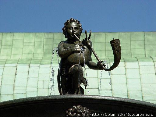 Поющий фонтан (верхняя фигура). Фото из интернета.