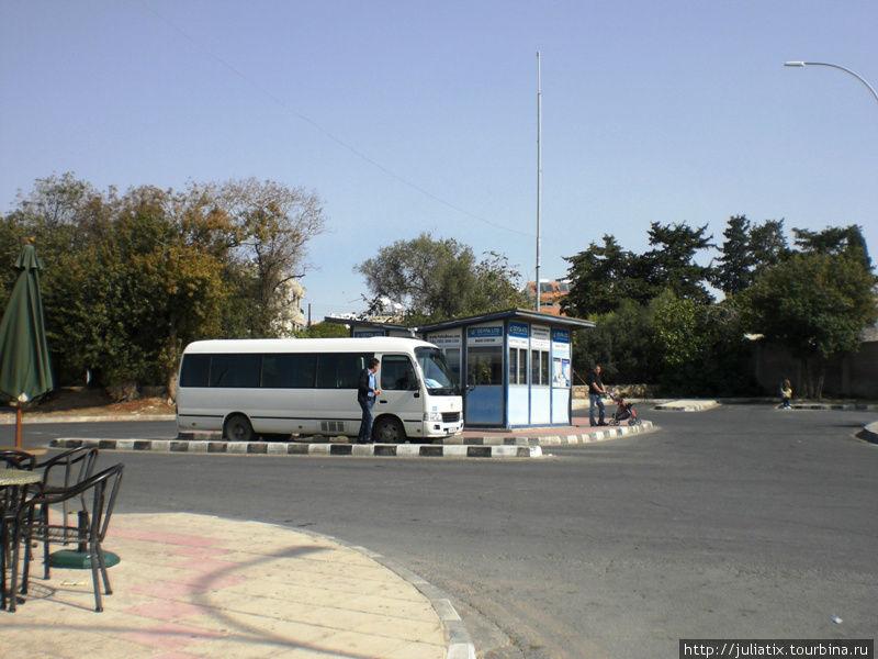 Пафос, автостанция Каравелла