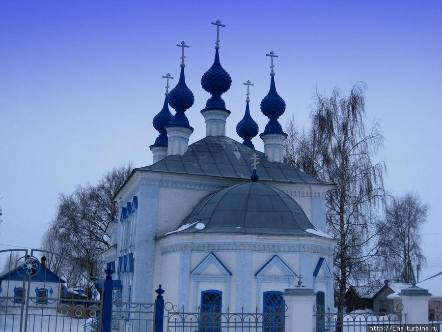 Введенский собор — очень милый и изящный