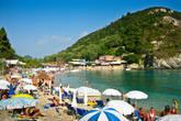 Пляжи Глифады считаются лучшими на острове