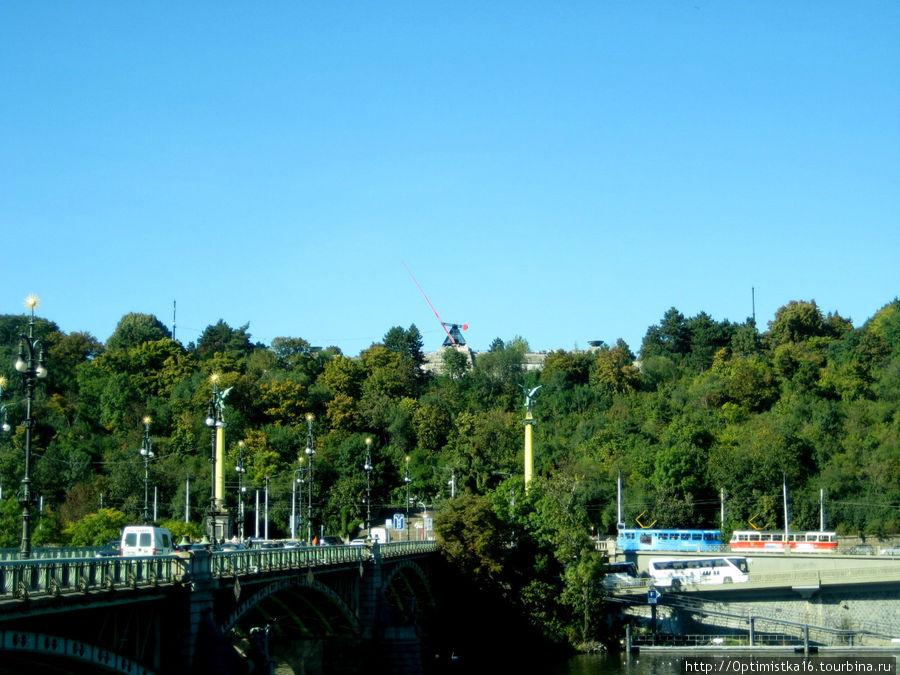Чехов мост. На дальней ст