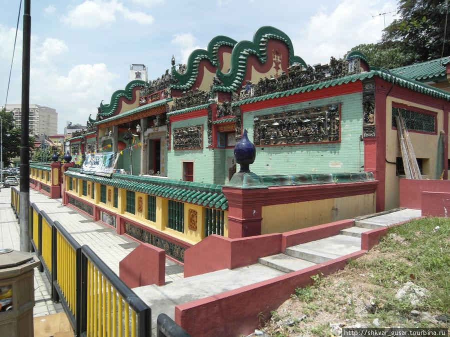 Чайнатаун. Храм.