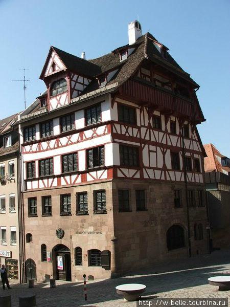 Дом — музей Дюрера.