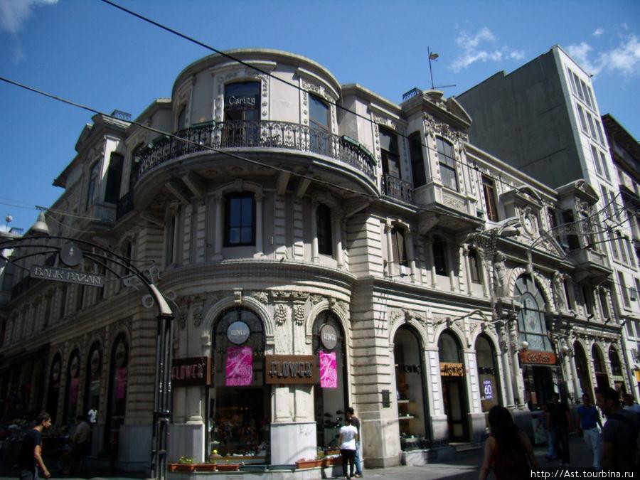 Архитектура Стамбульского Арбата.