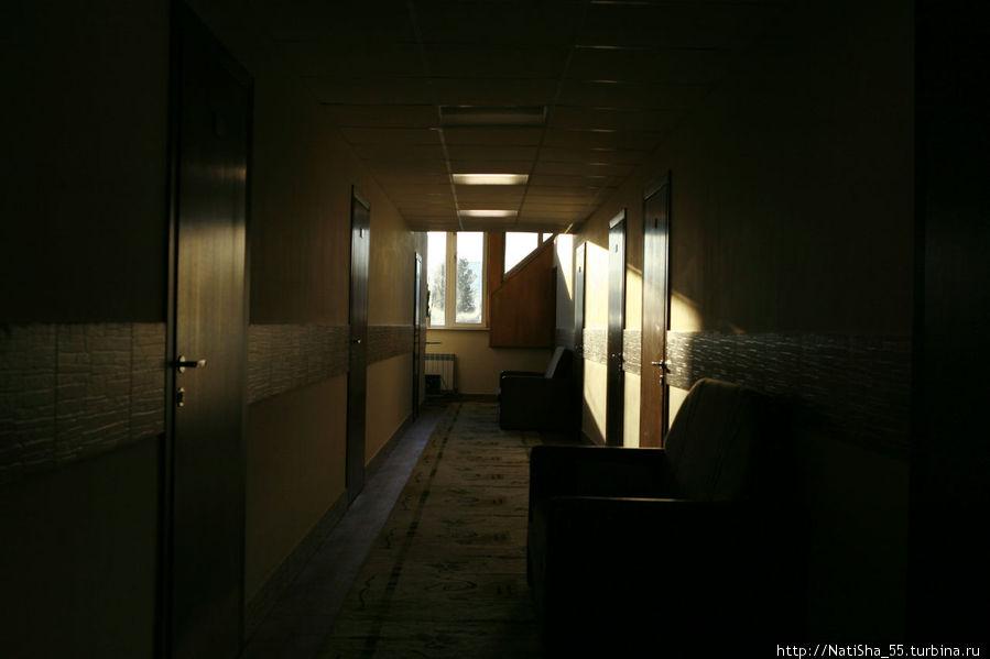 в коридоре на мансардном этаже