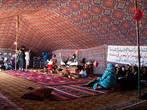 В одной из палаток проводили какие-то мероприятия для местных школьников.