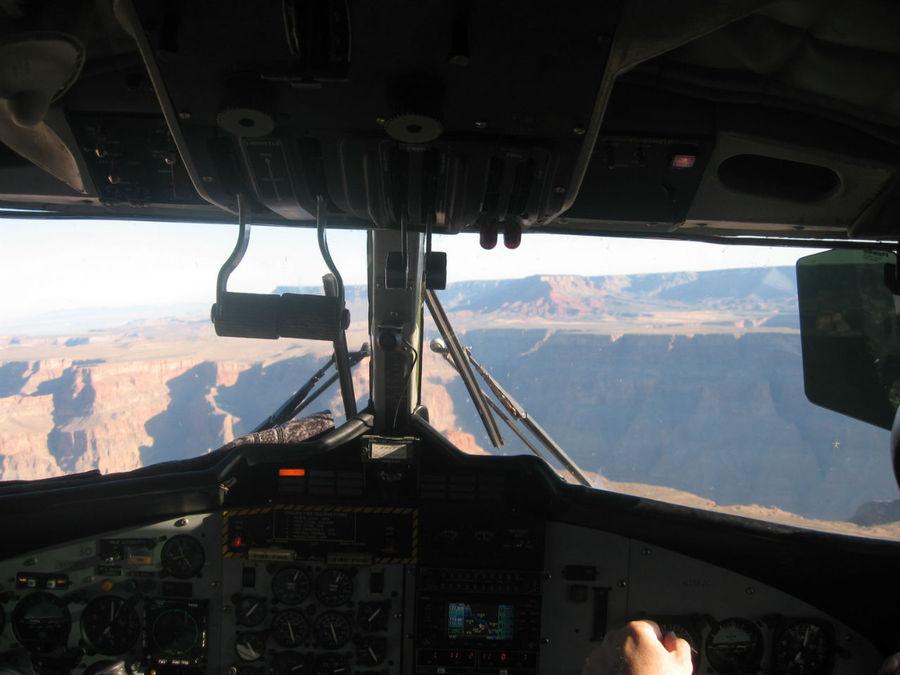 Идем на посадку у Гранд-каньона