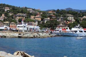 Отправная точка маршрута — Санта-Маргерита-Лигуре. На эту же пристань нас привезет корабль вечером.