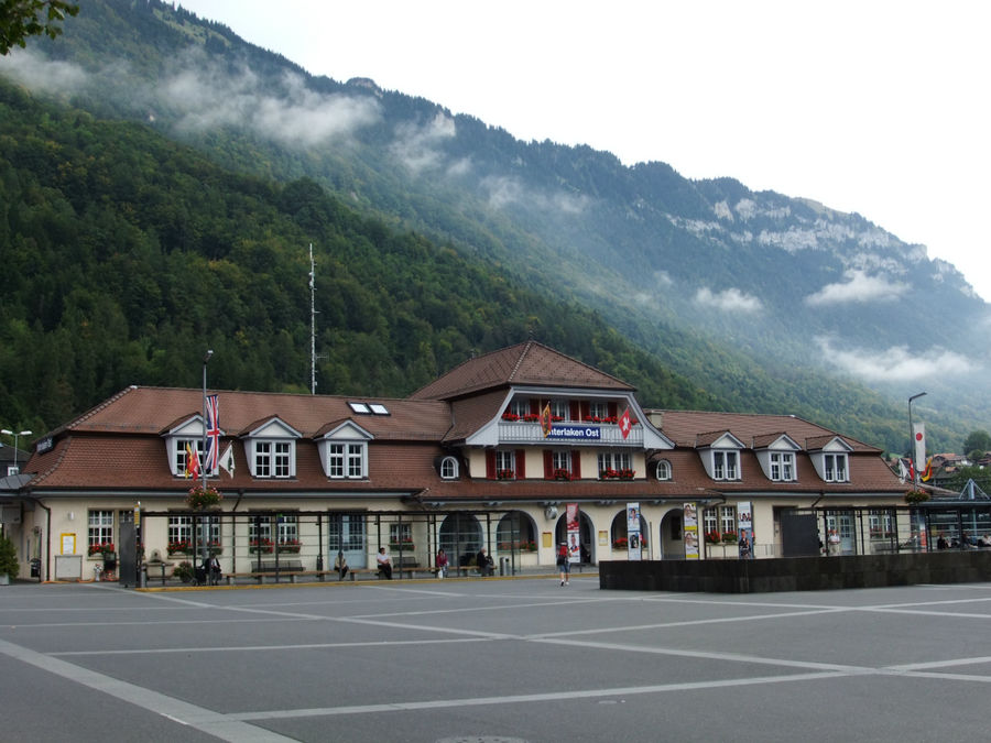 вокзал Interlaken Ost