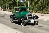 В этот же день в Иматре проходил автомобильный ретро-день. На улицах было очень много интересных ретро авто