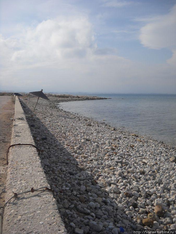 Кусочек «дикой» части пляжа