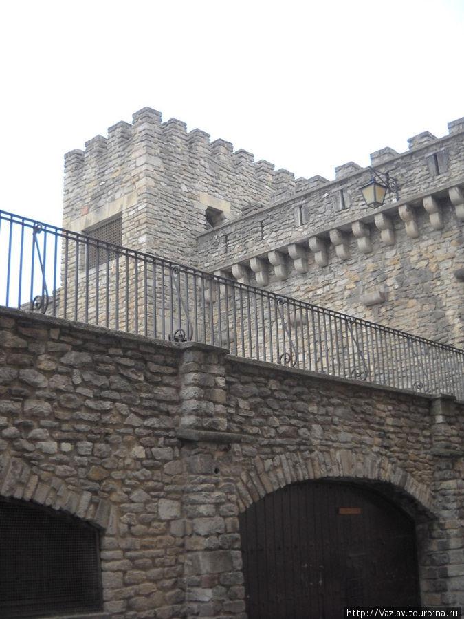 Фрагмент крепостных стен