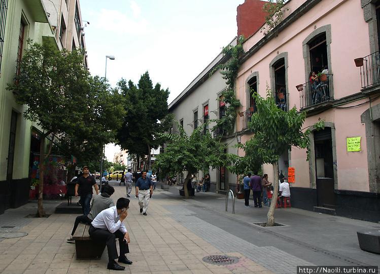 Пешеходная улочка Сан Хер