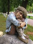 Иванушка. Для создания этой скульптуры автору позировал старший сын. Получился очень трогательный образ.