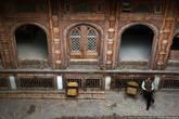 Одно из самых старых зданий. Здесь пытаются сделать музей, но и он в плачевном состоянии. Из Пешавара можно было бы сделать отличный туристический город, но туристов здесь нет.