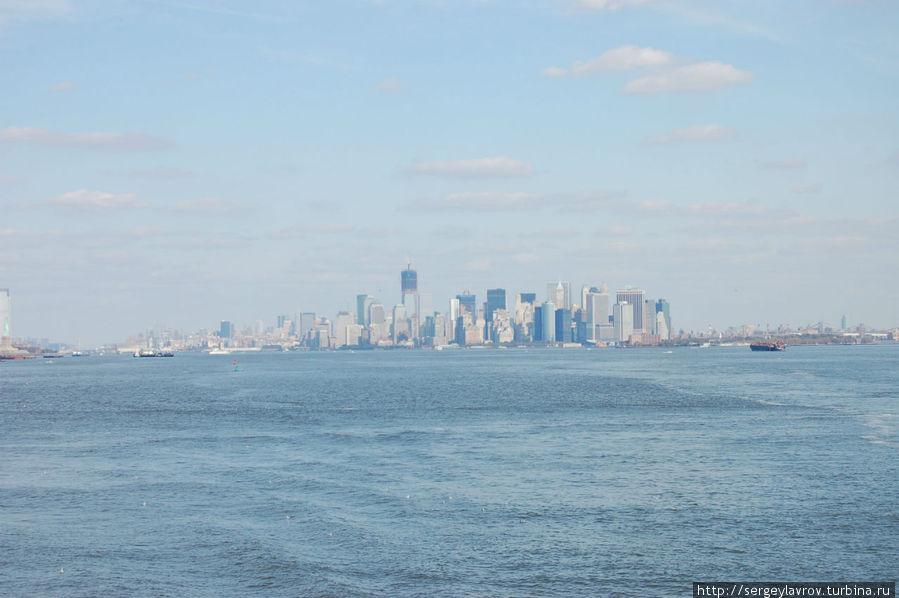 Манхеттен издалека