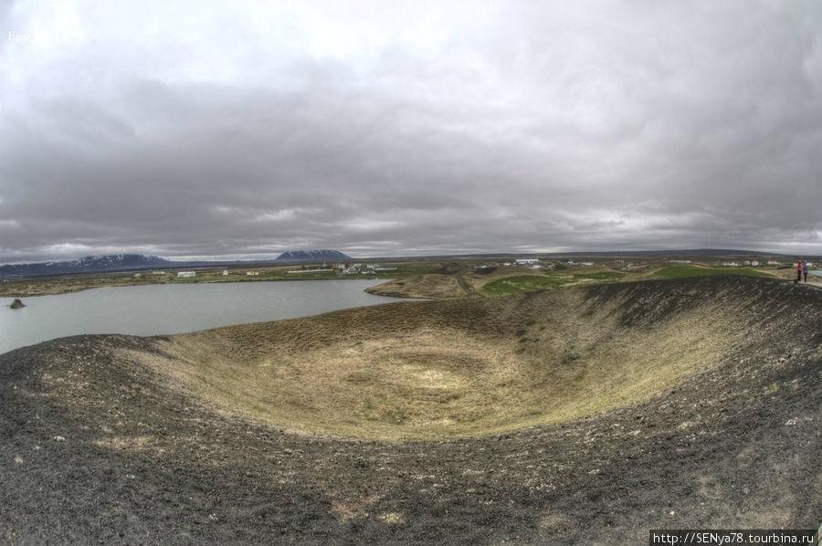 Псевдократер у озера Myvatn