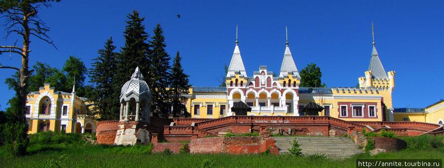 Сказочный дворец в Кирицах.