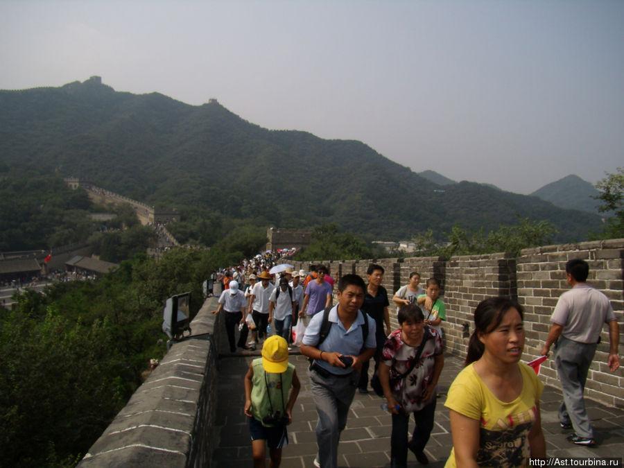 Каждый китаец должен побывать на Великой Китайской стене.