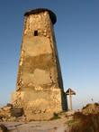 Вот он какой, древний маяк