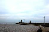Пляж и маяки.