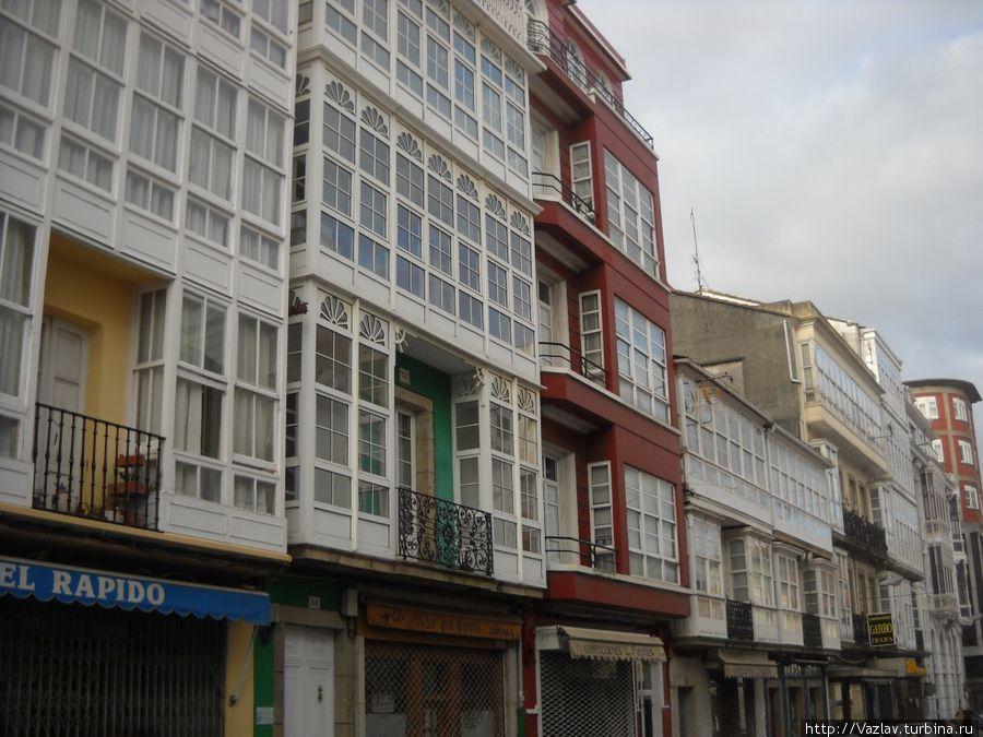 Фасады — товар лицом Ферроль, Испания