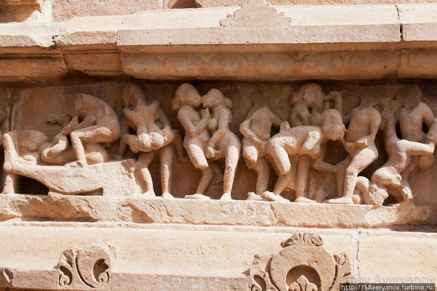 Храм Кандарья-Махадева в Кхаджурахо — застывшая в камне Камаcутра ... | 600x900