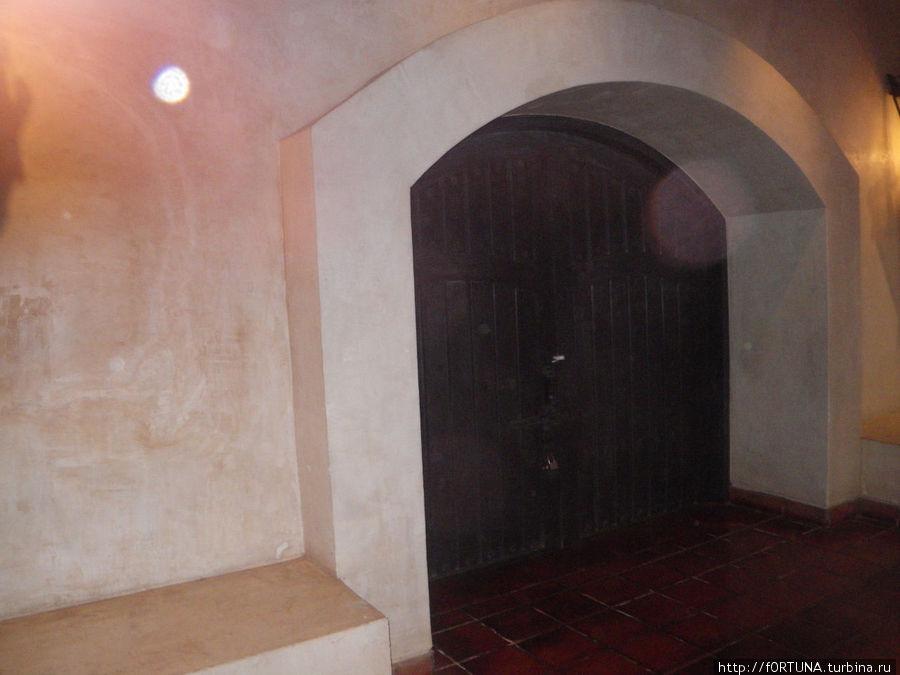 вход в подвалы