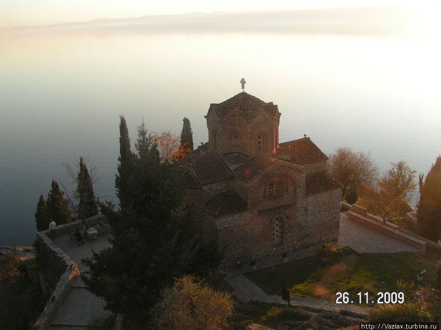 Вид на церковь сверху
