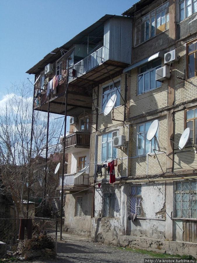 Нахичевань — город удивительных балконов Нахичевань, Азербайджан