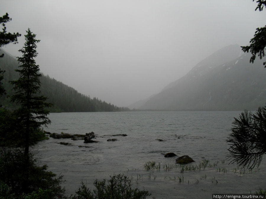 Таинственное Мультинское озеро в одиночестве под шум дождя ...