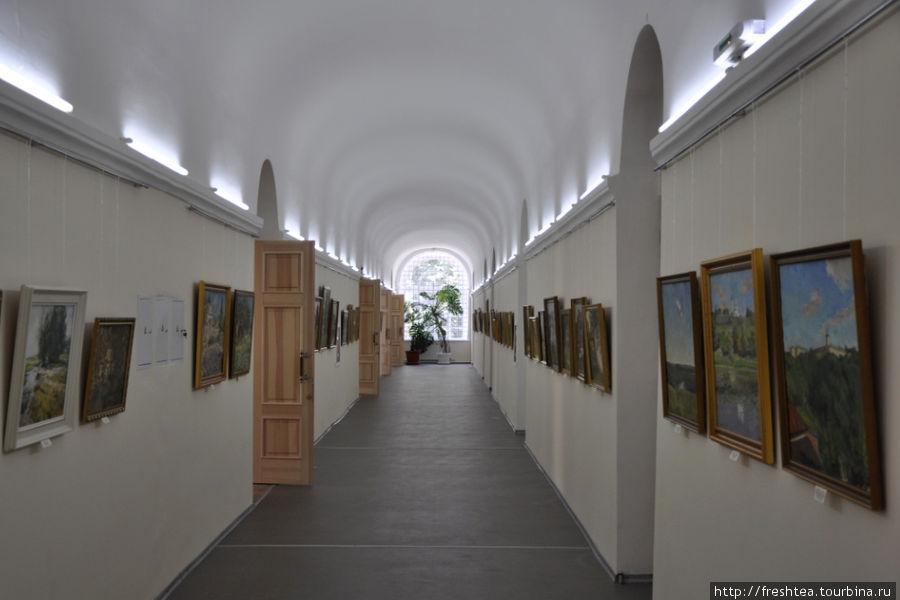 Перспективы от архитекторов-академистов (авторами типового проекта застройки военных поселений были Брюллов и Стасов) ... Завидуйте, столичные галереи!