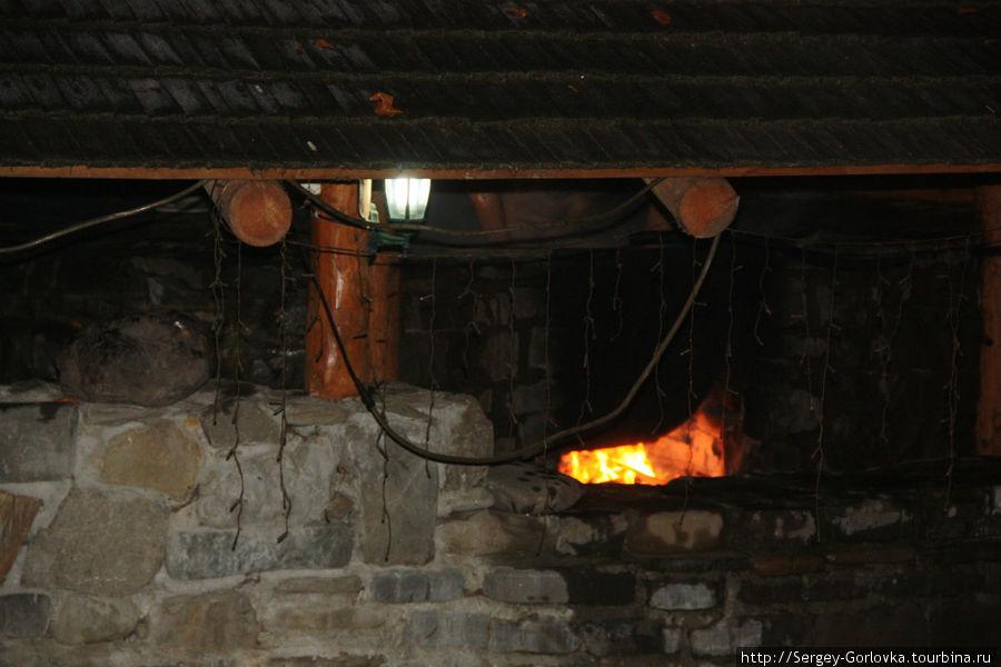 Вариться живьём в котле Свалява, Украина