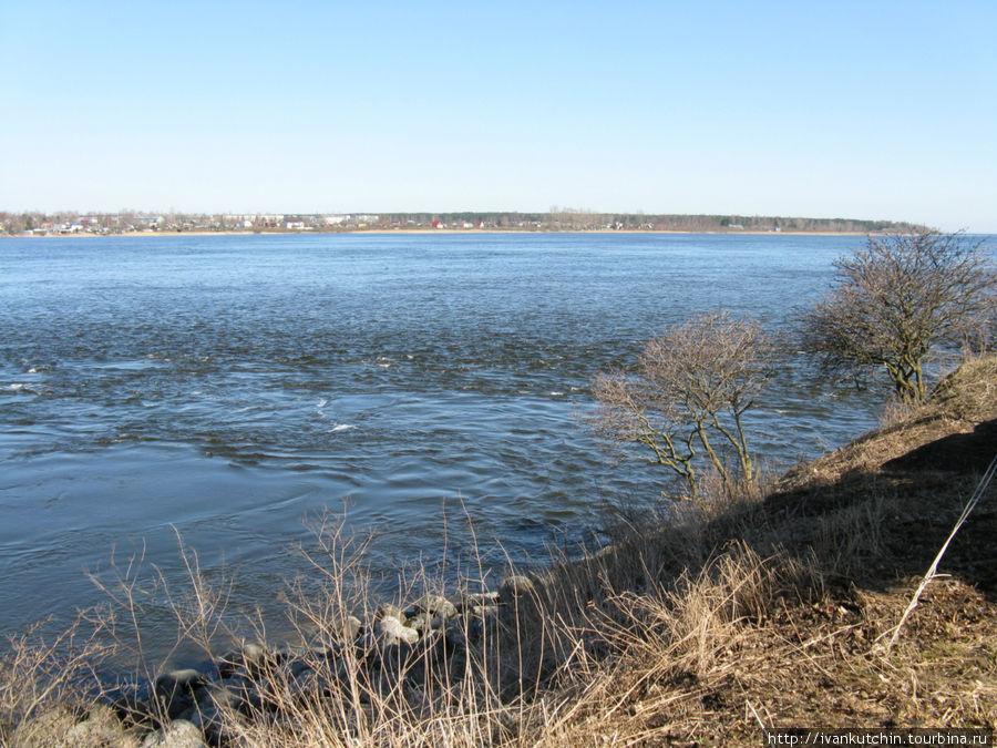 Так начинается река Нева
