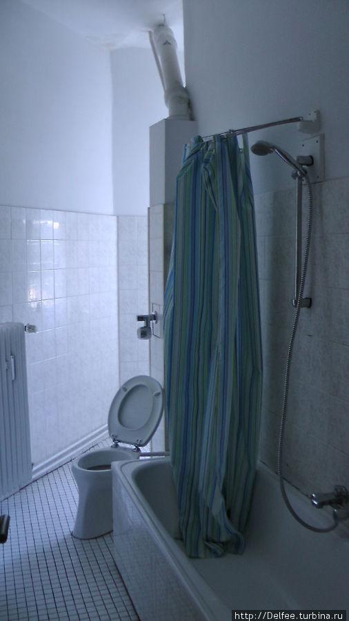 Ванная комната нам ужасно не понраилась...