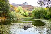 По легенде славились местные жители кузнечным искусством. Первый горн в этих местах люди зажгли от огня с вершины Фунны (с греческого —