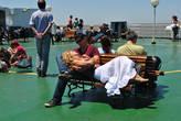 В хорошую погоду все несколько часов путешествия можно провести на верхней палубе
