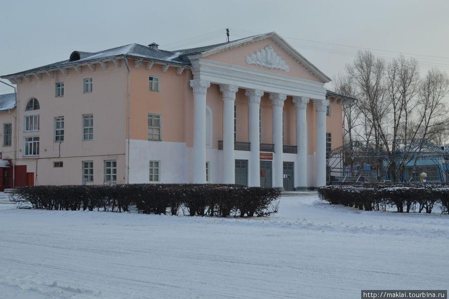 shushenskiy-rayonniy-dom-kulturi