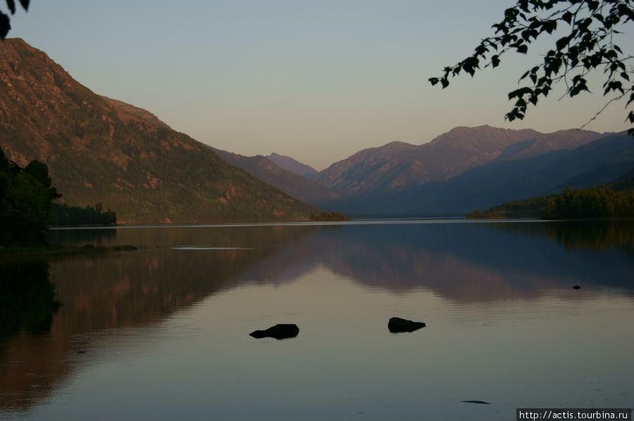 стиль дизайна озеро фролиха фото туристов спасать питомца-хранителя